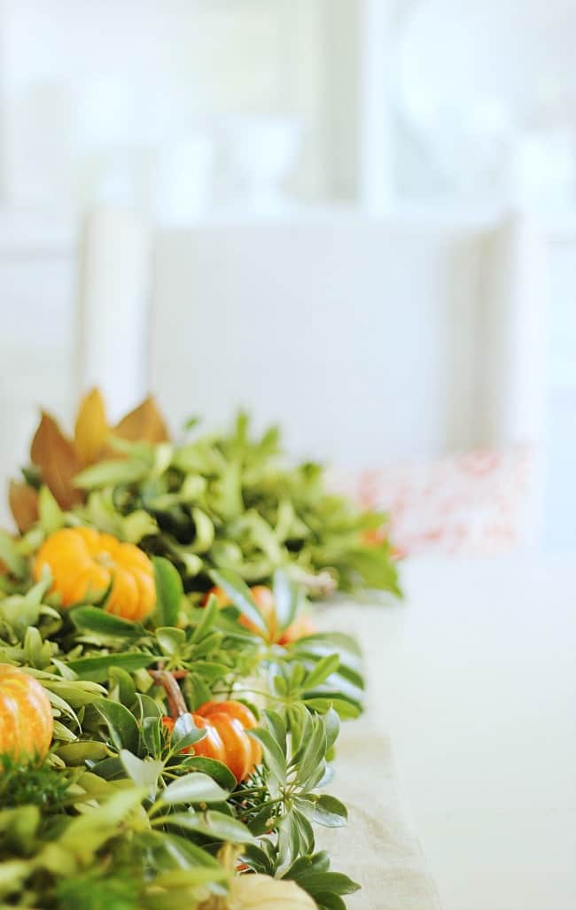 fall-decor-in-the-dining-room