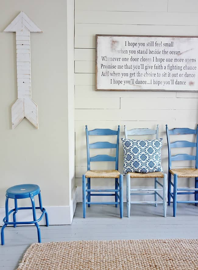 wooden-chairs-and-dance-sign