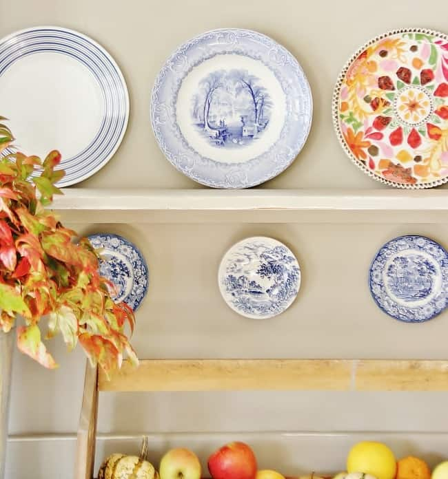 blue-and-white-dishes