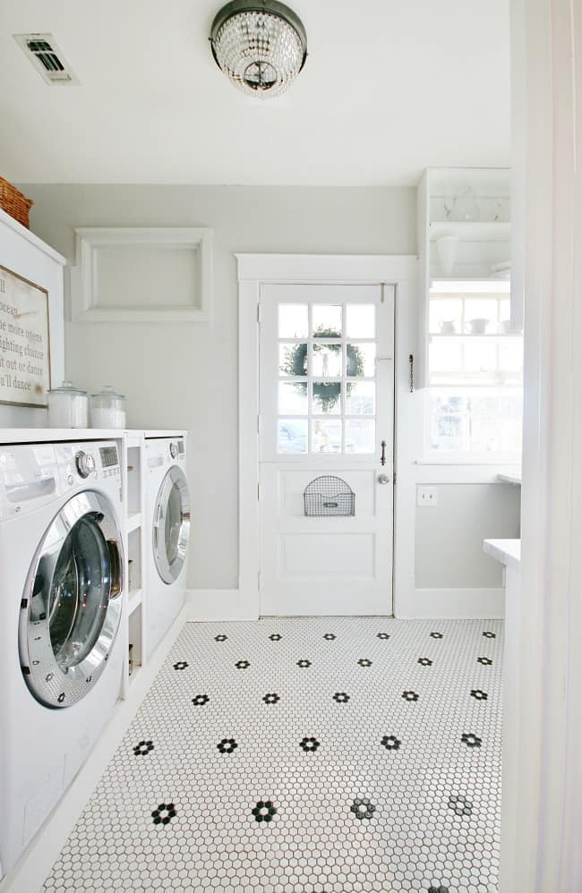 A peek at the dutch door from inside the laundry room