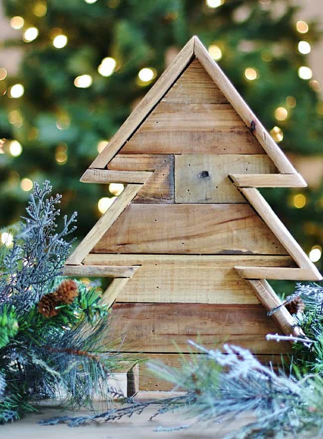 wooden Christmas tree project