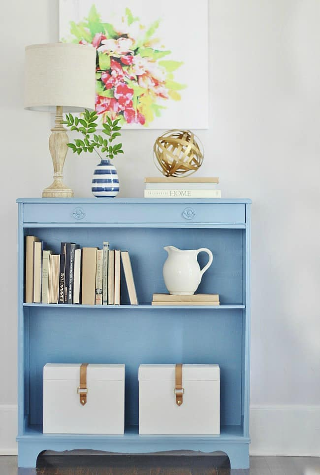 DIY bookshelf projects painted bookshelf