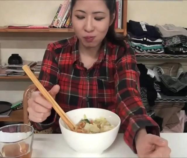 Girl Turns Food Into Poop