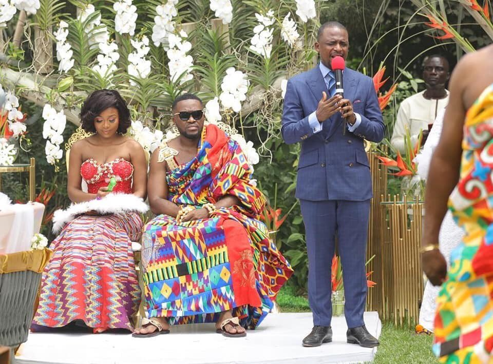 it-was-all-exotic-cars-glitz-and-tradition-at-kwame-despites-sons-traditional-wedding-ceremony