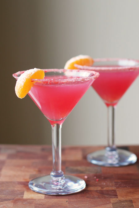 Non-Alcoholic Cranberry Cutie Cocktail- Eat, {Drink}, and Be Married on EarlyIvy.com