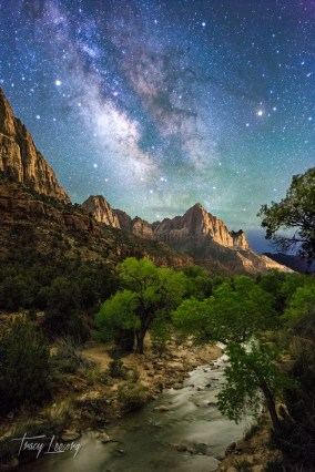 Made from 20 light frames (captured with a Canon camera) by Starry Landscape Stacker 1.6.0. Algorithm: Median