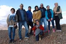 Pause pour l'équipe du CIPA-Pierre Rabhi en haut de la montagne