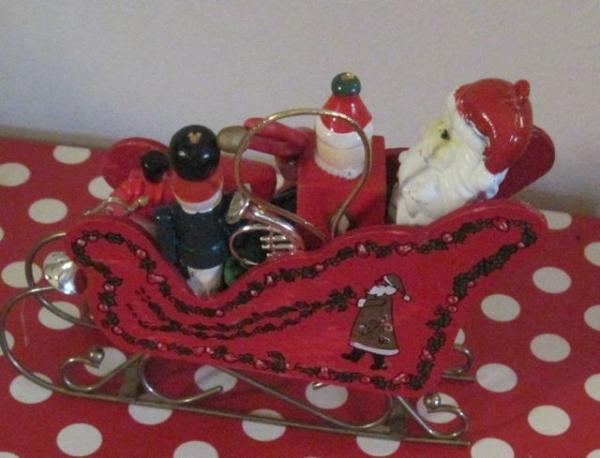 Vintage HP RED WOOD SLEDSleigh w SANTA  TOYSTrainJack