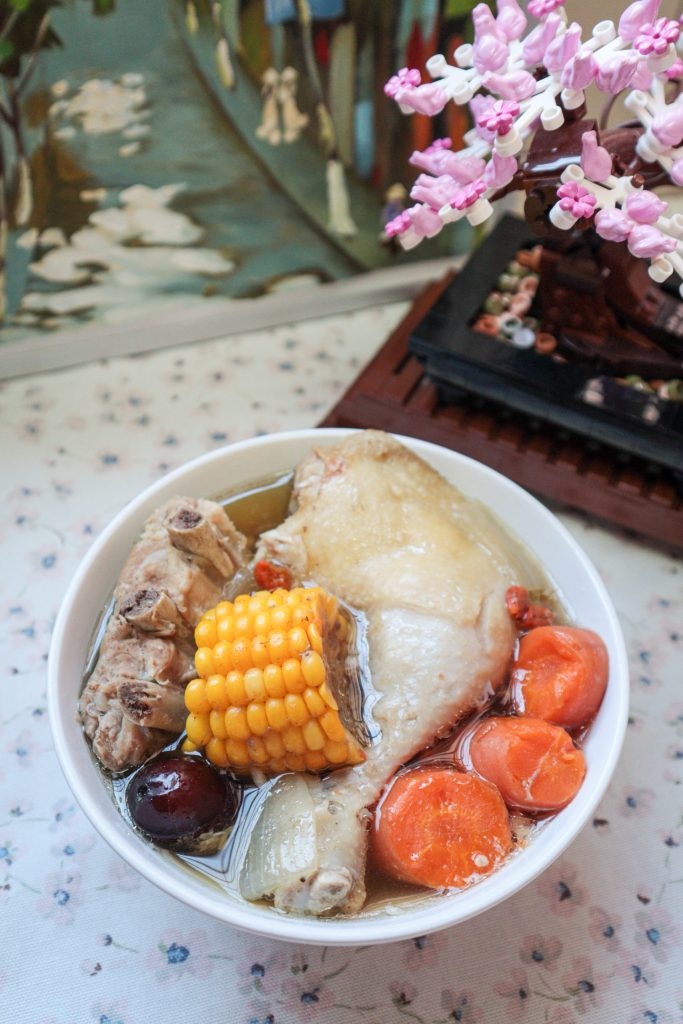 Sweet corn pork ribs soup [Pressure cooker Recipe]