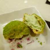 green tea choux - su kem trà xanh
