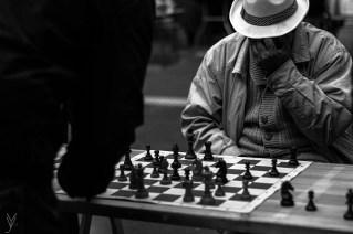 Passionné de photographie, j'arpente les rues de Lille à la recherche de clichés.