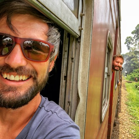 Transportion in Sri Lanka, train ride from Galle to Colombo