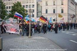 Gegenproteste zum AFD Prteitag - 30.04.201 (10 von 12)