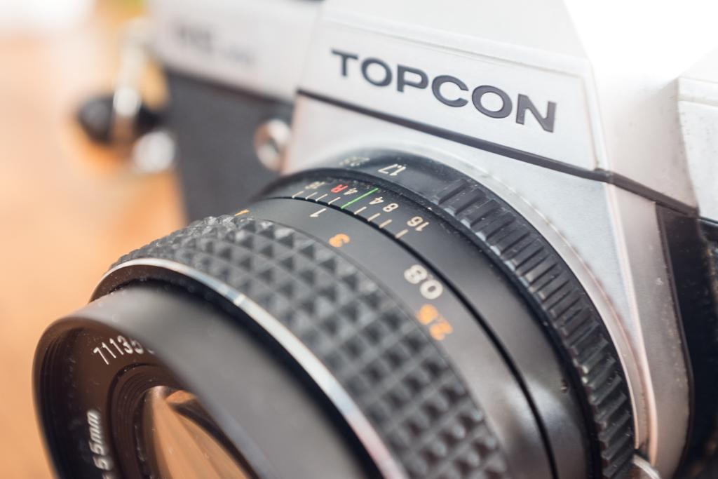 Topcon RE 200