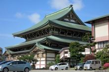 Higashi Betsuin (東別院)