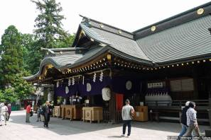 Ōkunitama Jinja (大國魂神社) Haiden (拝殿)