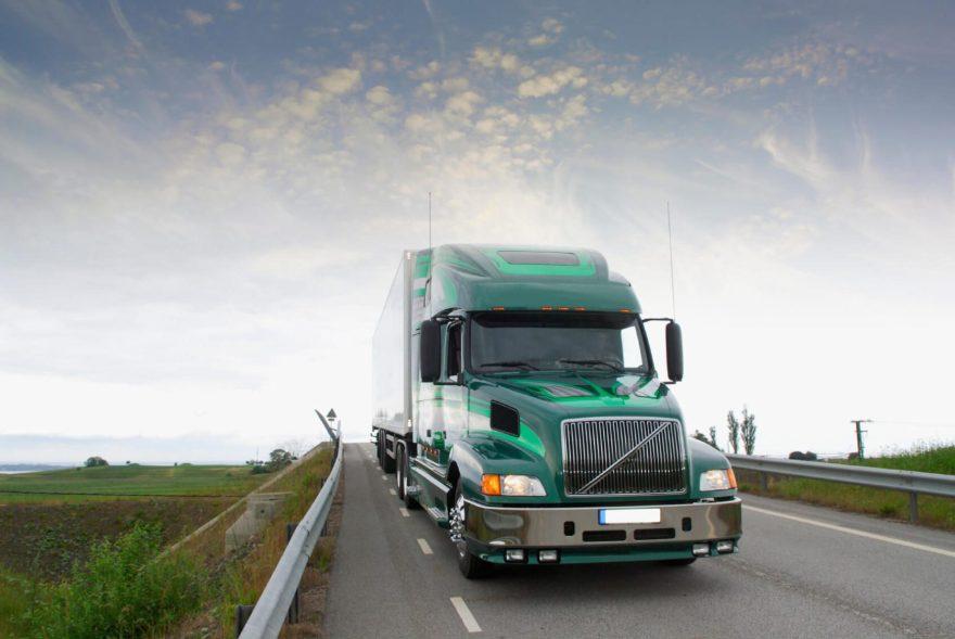 A FedEx Trucking Accident Kill 2 in San Antonio - Thomas J