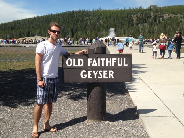 #RunningTo: Yellowstone Old Faithful