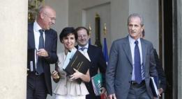 2008: Avec Rachida Dati et Hervé Novelli, à l'Élysée. Il est secrétaire d'État aux Sports de Nicolas Sarkozy de 2007 à 2009.