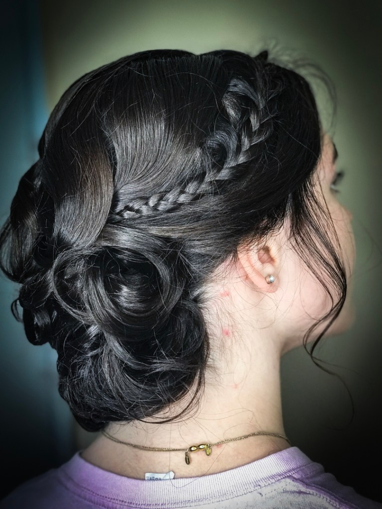 Thomas Shelton's Client With Up-Do