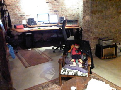 Melanie studio 2