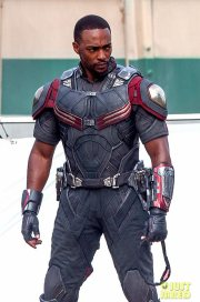 Le Faucon (Anthony Mackie)
