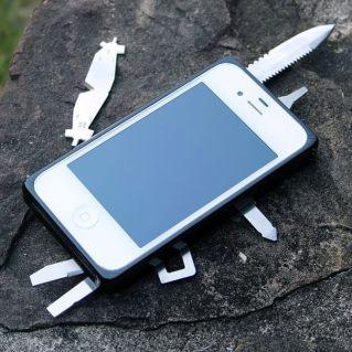 Une coque « couteau suisse »