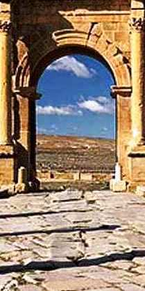 timgad-roman-ruins--cropped-vertical