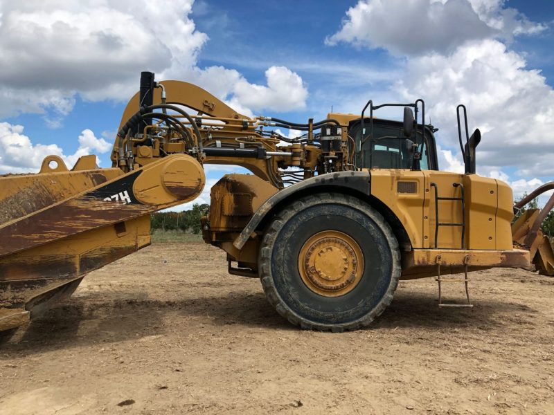 2012 Caterpillar 627H Right Side Cab