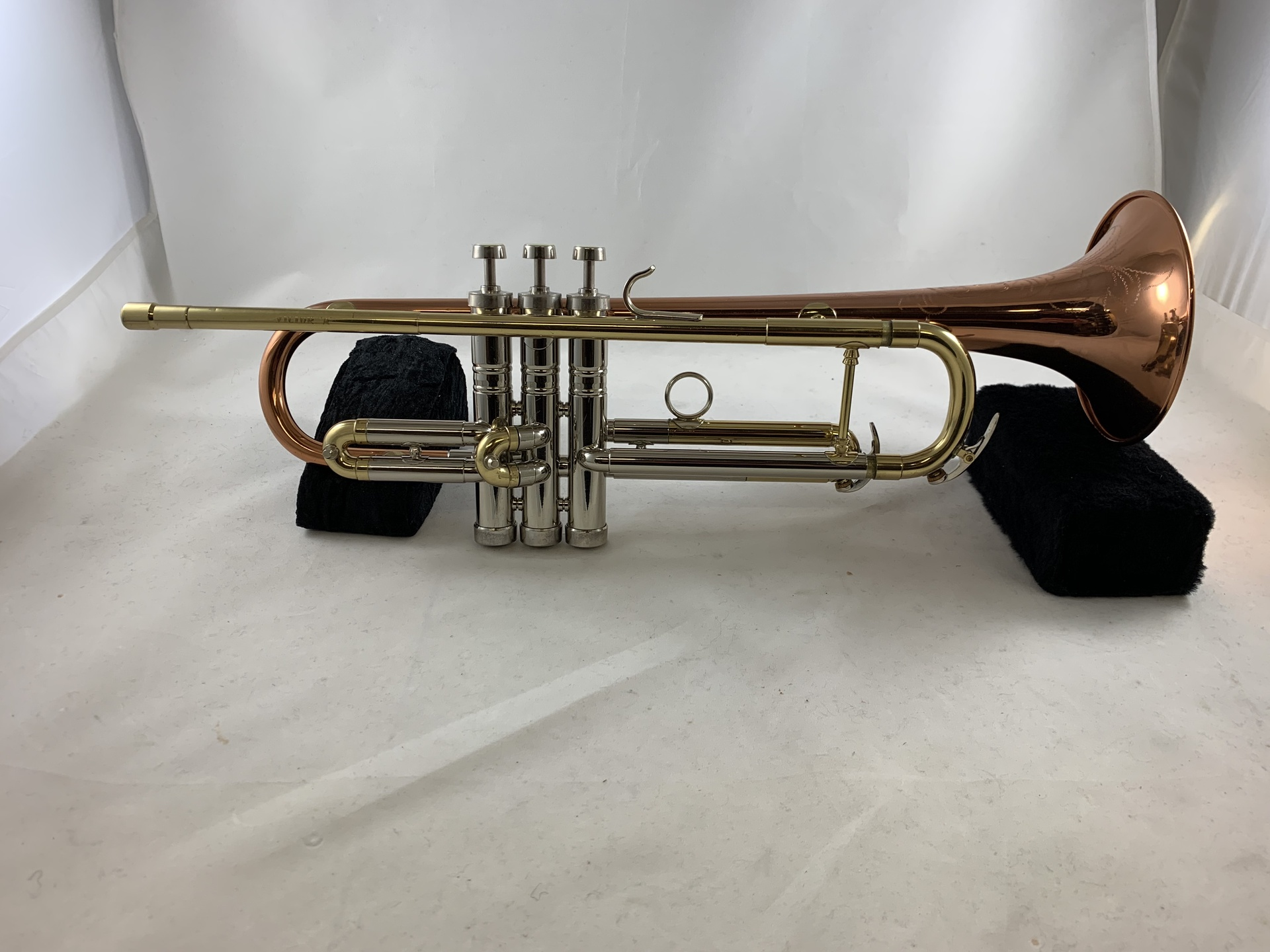 Used Conn Victor