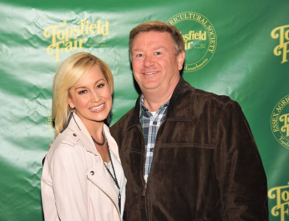 Dave Thomson meets Kelly Pickler at the 2014 Topsfield Fair