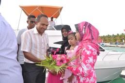 08-10 - Dr Jameel at SH Fonadhoo (2)