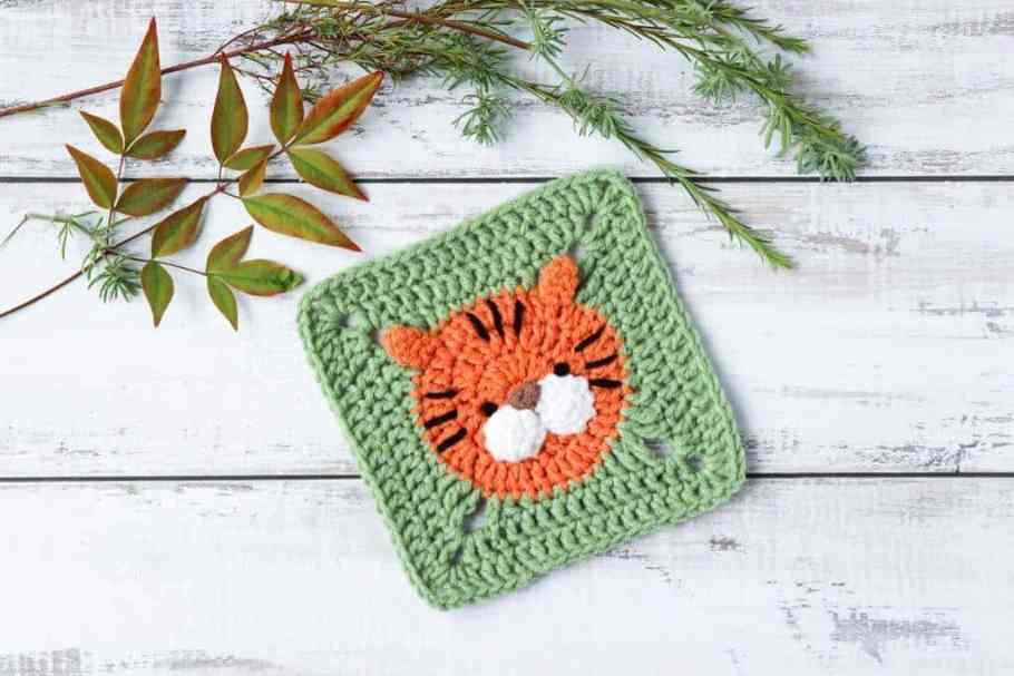 Crochet tiger square pattern