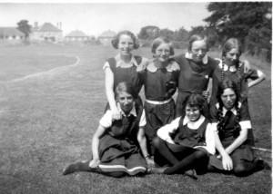 1933 Girls
