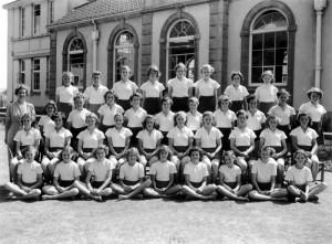 1952 girls PT