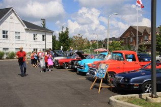 2018-Sep-15-Sherwood-Classic-Car-Show-Thornhill-Cruisers-Car-Club-10