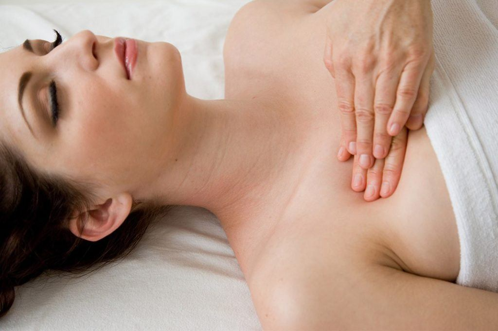 Breast-Massage-1024x682.jpg?fit=1024%2C682&ssl=1