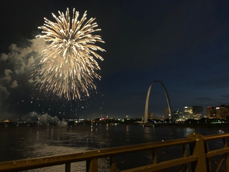 Fireworks by St. Louis Arch