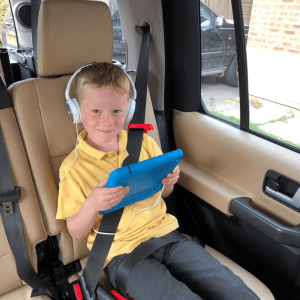 mifold Grab and Go Car Seat Review