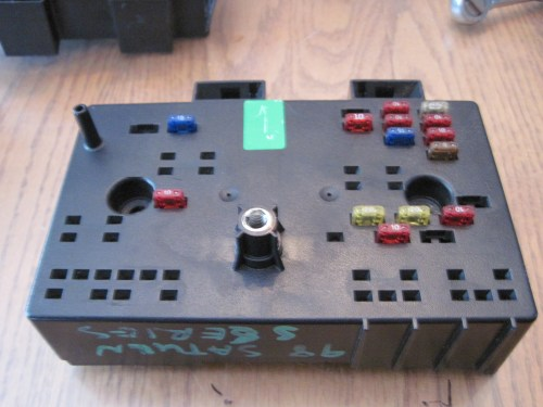 small resolution of saturn fuse box 14
