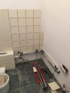 Tiling a cloakroom