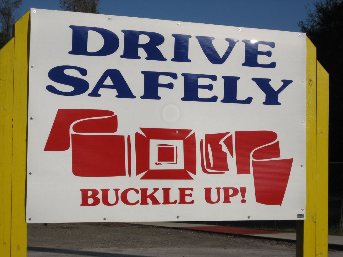 text-blue-red-sign-buckle-car-american-