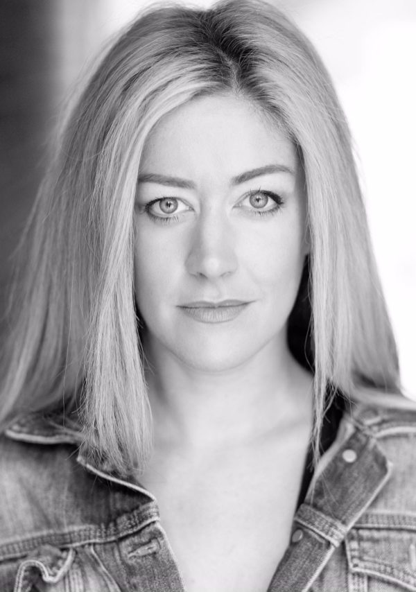 julie-atherton-somebody-call-me-a-caberet-thoselondonchicks