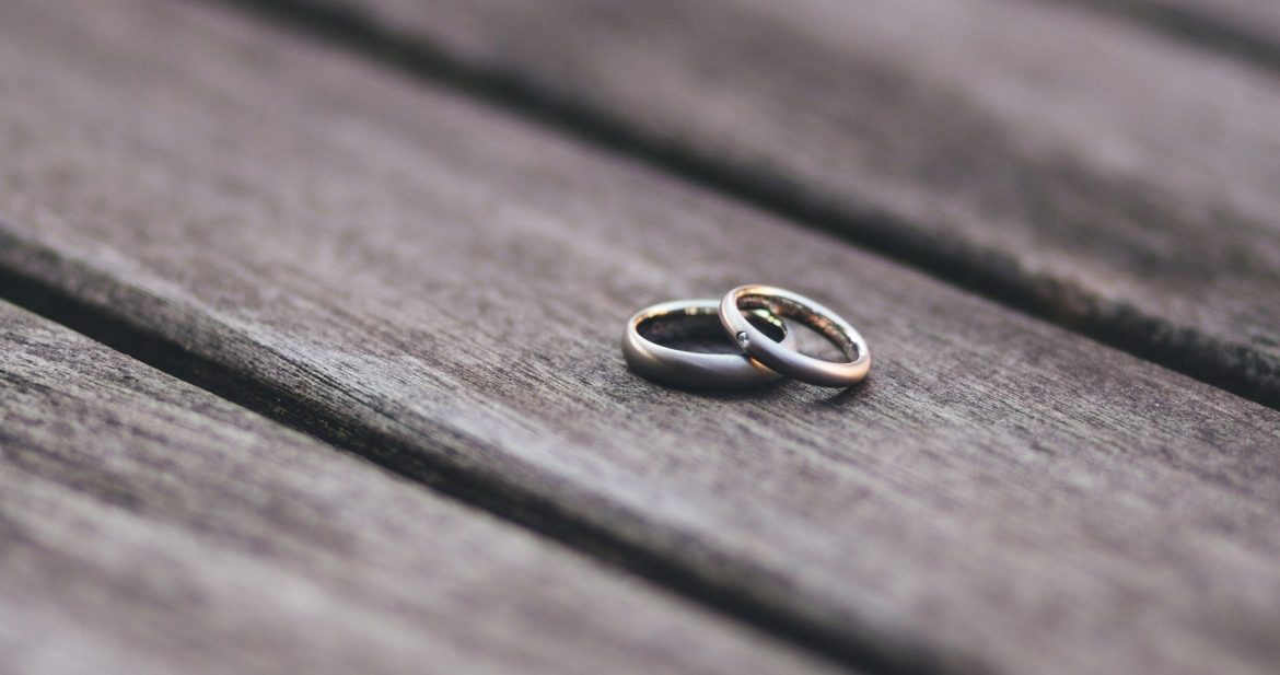 two-wedding-rings-budgeting-for-newly-weds-thoselondonchicks
