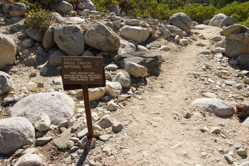 Entering Kings Canyon