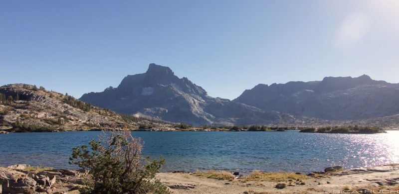 Shore of Thousand Island Lake