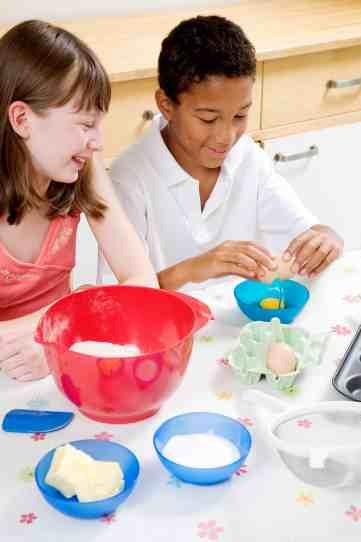 kids cooking summer activity