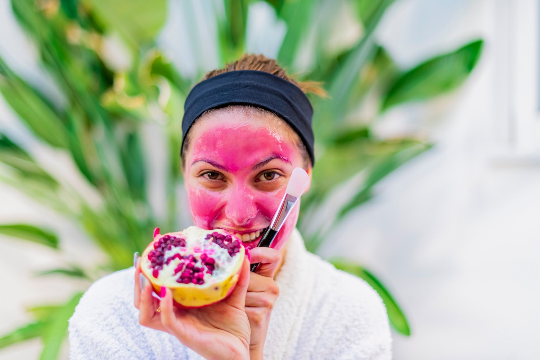 it's pomegranate season! ideas for using fall's most detoxifying fruit