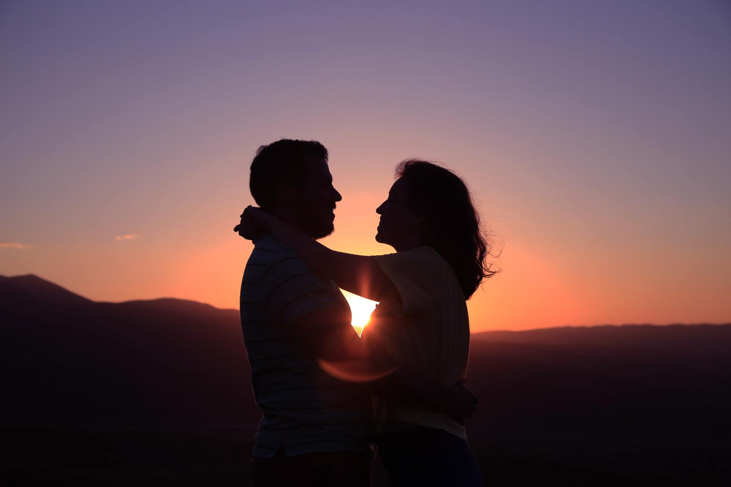 Men's Fear Of Intimacy Symptoms: Anger, Isolation, Low Self-Esteem, And Heightened Sexual Desire