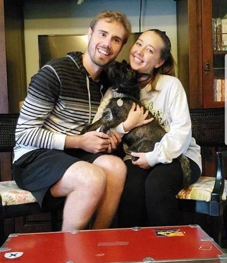 wedding company denies refund after man's fiancée dies, mocks them in a post on their website